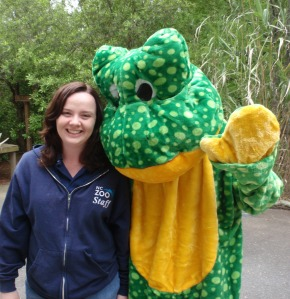 Zookeeper, Melissa Barr, with the Frog Mascot
