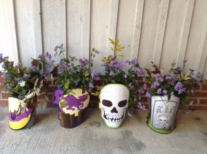 More homemade vases ready for Halloween or Fall tables